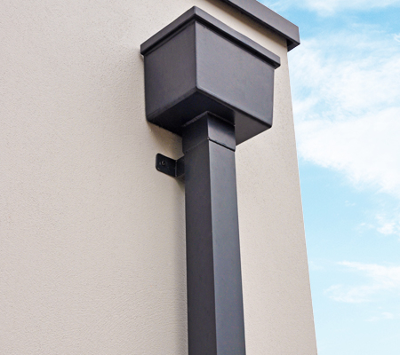 guttercrest aluminium rectangular hopperhead with square and rectangular downpipe and coping